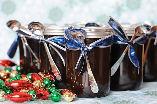 Spice Scented Chocolate Sauce Recipe for Holiday Gift