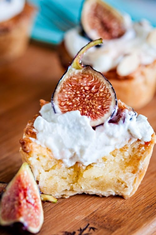 image Mini Fig and Almond Cream Tart