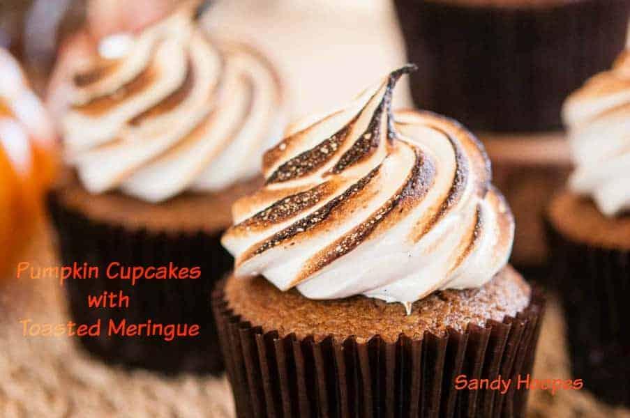 Easy Pumpkin Cupcakes wit