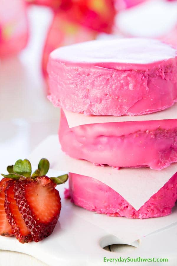 Strawberry Cake Ding Dongs